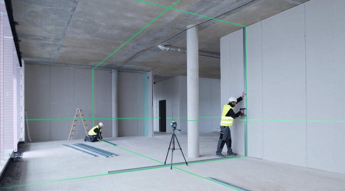 Đánh dấu vị trí khung xương bằng máy laser
