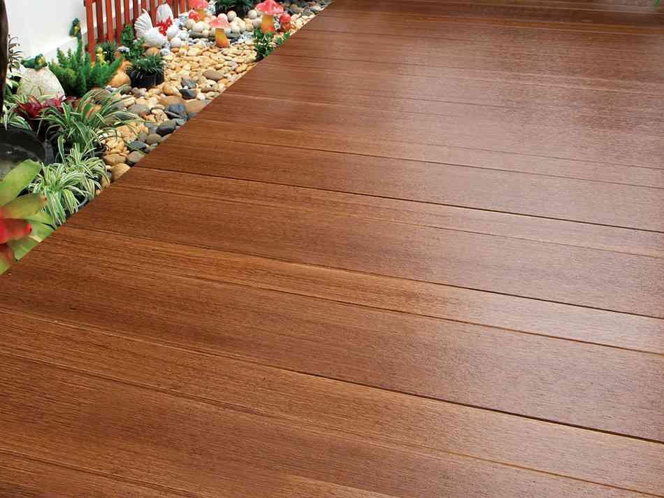 Lót sàn bằng tấm cemboard vân gỗ