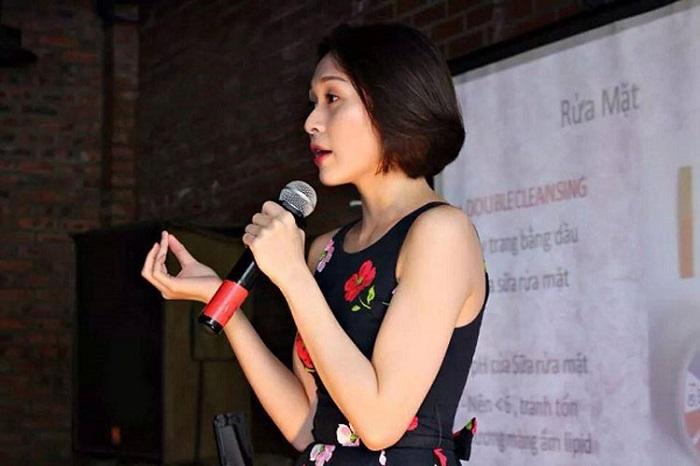 Nhi Ngô là một blogger quá quen thuộc ở cộng đồng Lixibox Review